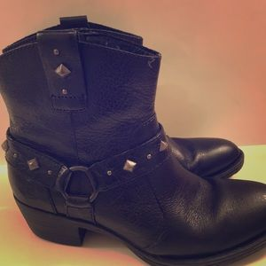 BORN silver studded black cowgirl bootie. LIKE NEW